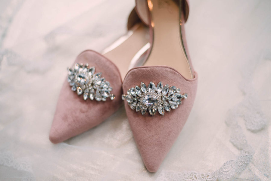 Bridal_Shoes_Toronto_Wedding_Photographers_Verveine_Studios