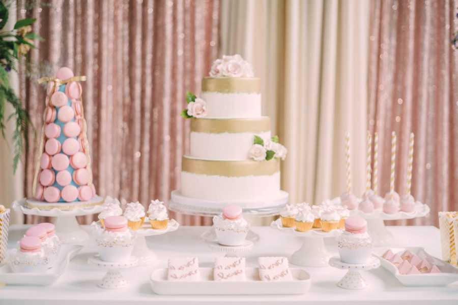 Gold_and_Pink_Wedding_Cake_Toronto_Verveine_Studios
